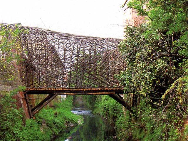 Passerella dei Gelsomini sul fiume perduto